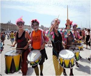 Europride 2013 Kicks Off With Thousands Marching for Gay Rights in Marseille