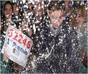 Spain's Annual Lottery Jackpot Brings Christmas Cheer