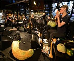 Vienna Musicians Use Vegetables to Make Music in Madrid Veg Market