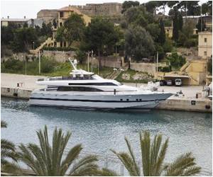 Spanish Royalty to Sell Off Yacht to Cut Costs