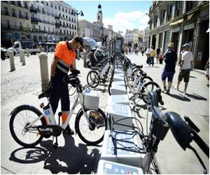 Madrid's Public Electric Bike Share System Takes Off Successfully