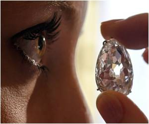 Internally Flawless $60-mn Pink Diamond for Auction in Geneva