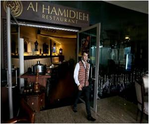 Well-off Syrian Refugees Create Slice of Home in Dubai