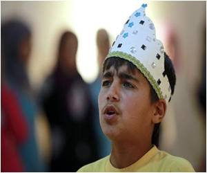 Syrian Refugee Kids Rehearse Shakespearean Plays