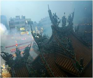 Religion Goes Green to Battle Pollution in Taiwan