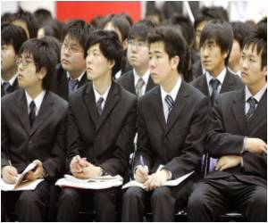 Thanks to Recession, Japanese Students Saying 'no' to Overseas Education
