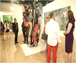 Art Basel Show Transforms Miami Beach into an Art Hub