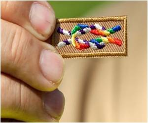 US Boy Scouts to Allow Gay Youths, Not Leaders