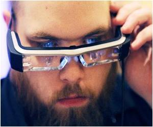 CES Trade Fair Showcases Internet Eyewear