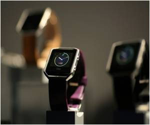 Fitbit Unveils Its 'Smart Fitness Watch', Does Not Appeal Many People
