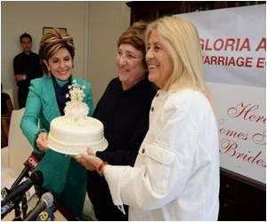 California to Resume Gay Weddings in a Few Weeks