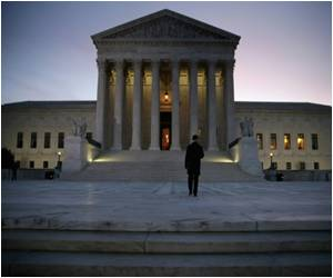 US Supreme Court Seeks Compromise in Obamacare Contraceptive Mandate