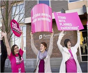 In Wake of Planned Parenthood Fuss Top Official Quits Komen