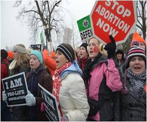 US House Passes 20-week Abortion Ban