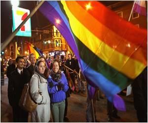 Illinois Legalizes Gay Marriage