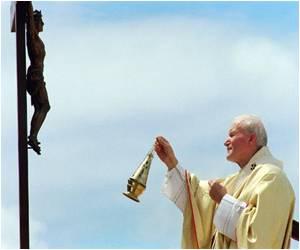 Few People Doubt Over John Paul II Sainthood