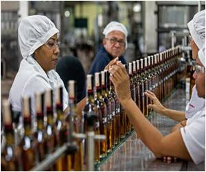 Venezuelans Returning to Long-Snubbed Local Rum to Drown Their Sorrows