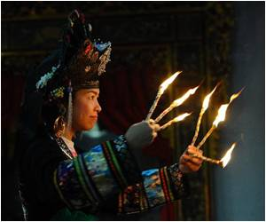 Modern Vietnam Enamored by Ancient Shaman Dance?
