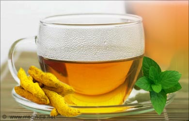 Uses of Turmeric Powder: Tea