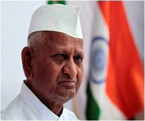 Anna Hazare Continues Fasting, Health Improves Slightly