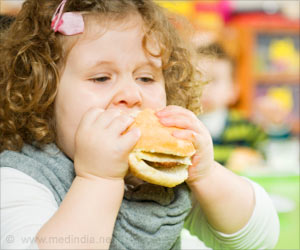 New Study Links Mum's Eating Habits To Preschooler's Obesity Risk