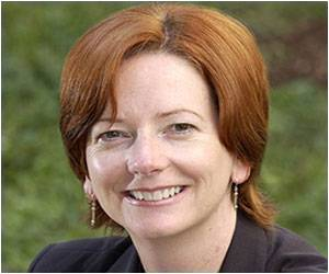Gillard Will Enact Private Health Insurance Law to Make Oz Rich Pay