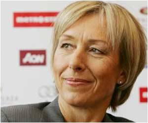 Tennis Legend Martina Navratilova Says She's Cancer Free