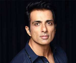 Sonu Sood Helps Assam Migrants Reach Home