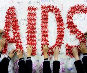UNICEF: Number Of Deaths From AIDS-Related Illness In Adolescents Tripled Since 2000