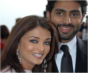 Aishwarya Rai is Pregnant, Tweets Amitabh Bachchan