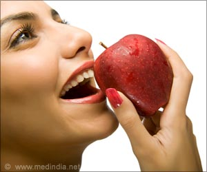 An Apple a Day Does Keep the Doctor Away, Confirms Research