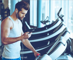 Cell Phone During Workout Curbs Your Concentration, Fitness