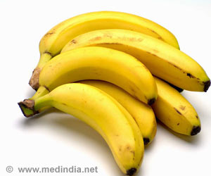 Black Spotted Bananas Mirror Melanoma Risk in Humans