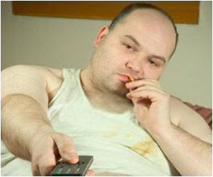 Obese White Adults May Pay With Life: Study