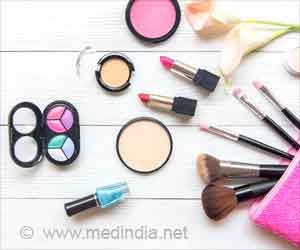 Chemicals in Beauty Products Can Harm Women's Hormones