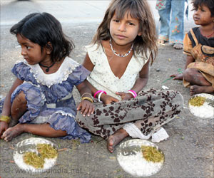 Hot Cooked Meal For Severely Malnourished Tribes in Maharashtra