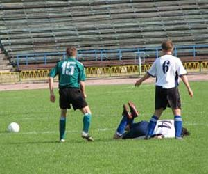 Children Playing Recreational Sport Suffer Head Injuries than Playing Contact Sport