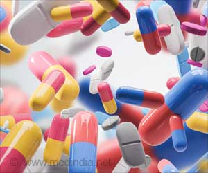 Antibiotics May Destroy Your Immune Cells, Worsen Oral Infection