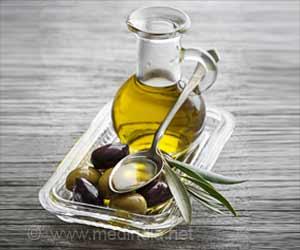 Olive Oil Lowers Heart Disease Risk in Americans