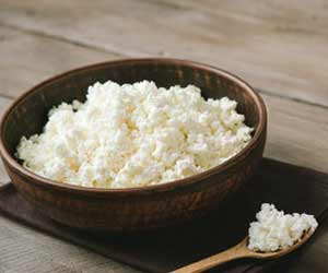 Cottage Cheese Can Be a Healthy Late Night Snack