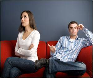 When a Marriage Has Troubles, Women Worry and Become Sad, While Men Get Angry