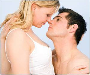 Men Begin to Portray Perfect Behavior in the Company of Attractive Women