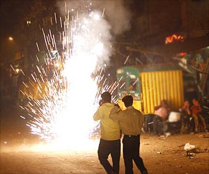 Over 500 Cases of Burn Injuries Caused by Fire Crackers in Delhi