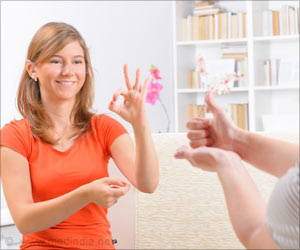 Doctors Learn Sign Language to Communicate With Hearing-Speech Impaired