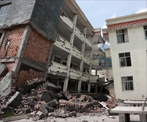 Nepal Earthquake: Death Toll Rises to 4,310 With 10,000 People Injured