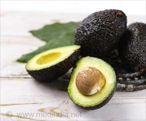 Avocado Seed Extract: A Potential Source for Novel Anti-Inflammatory Compounds