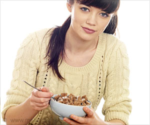 Offering a Small Incentive With a Meal Motivates People to Choose Smaller Portions