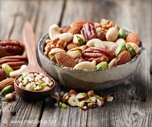 Nuts and Seeds : Perfect Source of Protein for Healthy Heart