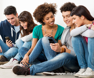 Many US Teens Get New Friends Through Social Networks, Video Game Forums