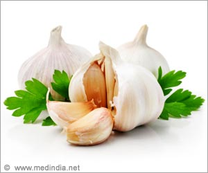 Garlic Helps Ward Off Bacterial Infections: Study